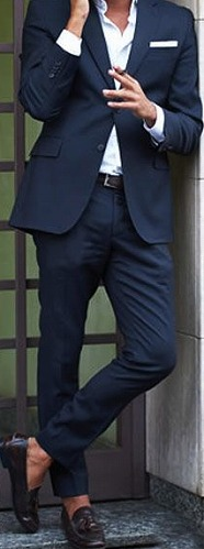 服装 スーツ