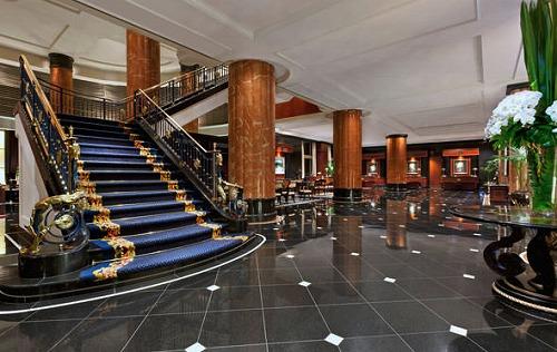 場所 ホテル