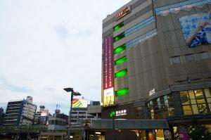 恵比寿駅前の風景
